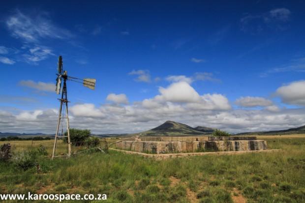Karoo windpump and dam