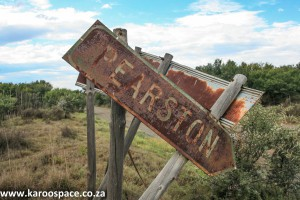 Pearston road sign.
