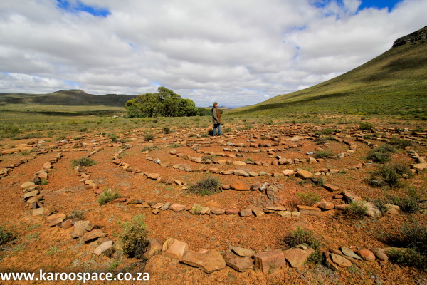 Labyrinth, The Rest, Karoo