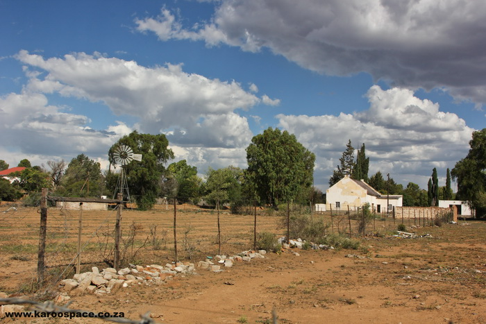 Platteland dorps can be poor in finances but rich in social capital.