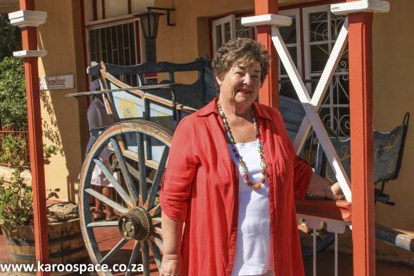 Sandra Antrobus, Tuishuise, Cradock